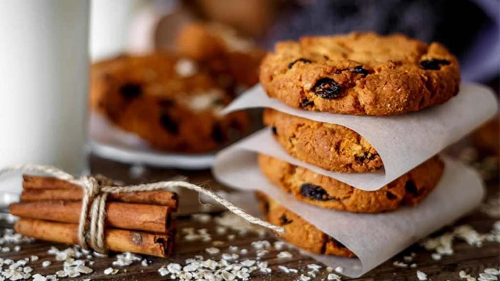 Kepekli diyet üzümlü kurabiye
